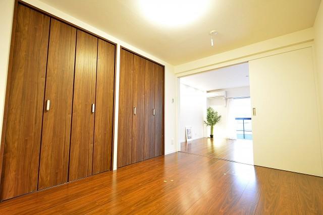 セイントマンション 5.5帖のベッドルーム