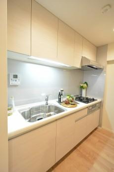 ハイツ赤坂 キッチン 105