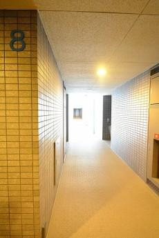 三軒茶屋シティハウス 共有廊下
