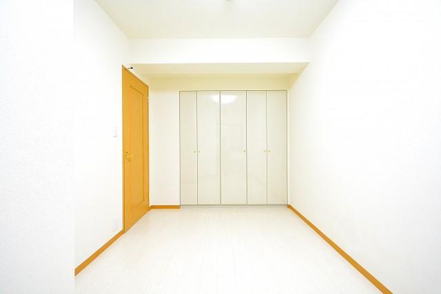 クリオ高田馬場壱番館 6.0帖のベッドルーム