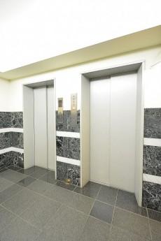三軒茶屋シティハウス エレベーター