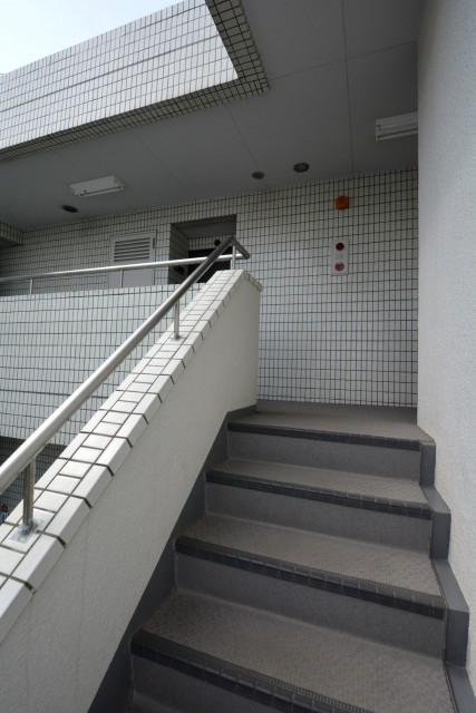 クレール荻窪 階段