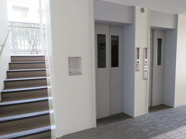 ルピナス中野レジデンス エレベーター