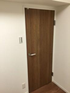 北大塚ハイツ 洋室約4.3帖収納