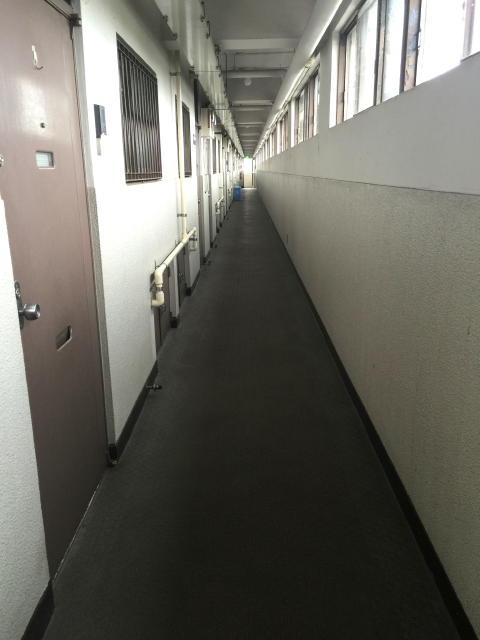 馬事公苑前住宅 内廊下