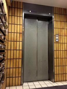 シティハウス西大久保 エレベーター
