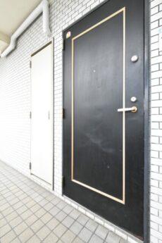 グローリア初穂新宿Ⅲ 玄関