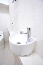 ジェントルエア神宮前 トイレ手洗い場