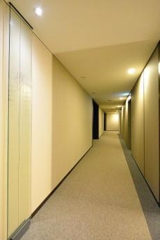 赤坂タワーレジデンス 共有廊下