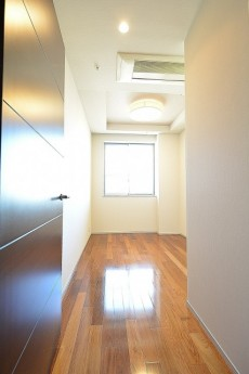赤坂タワーレジデンス 5.0帖ベッドルーム
