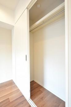ダイアパレス麻布十番 5.0帖のベッドルーム収納