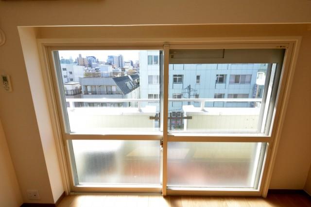 千石明穂ハイツ リビングダイニングキッチン窓