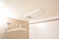 高田馬場パークハウス弐番館 浴室乾燥機