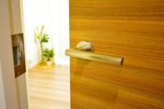 青葉台ハイツ 4.4帖のベッドルームドア