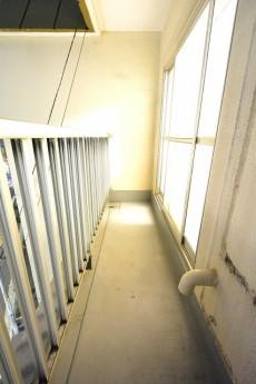 青葉台ハイツ 4.4帖のベッドルームのバルコニー