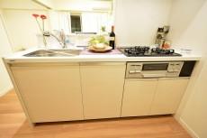 青葉台ハイツ 10.5帖のLDK キッチン