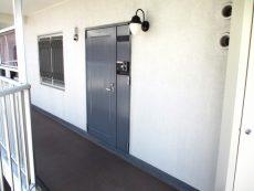 大森西サンハイツ 玄関