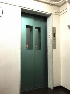 代々木ハビテーション エレベーター