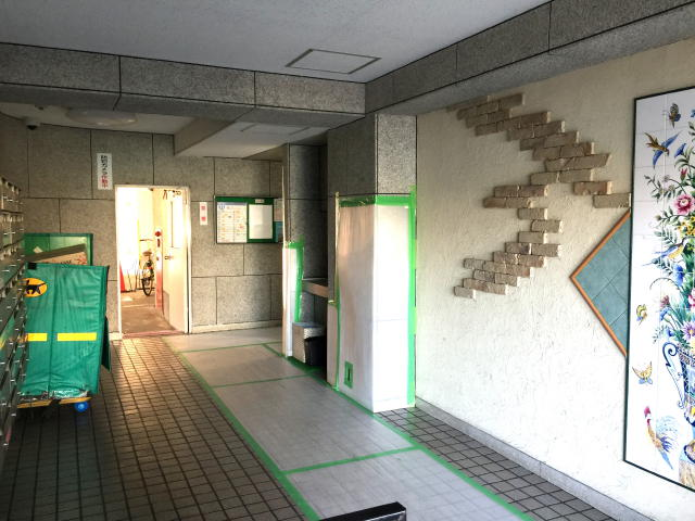上北沢ハイネスコーポ エントランス