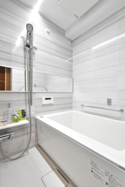 グローリア初穂新宿Ⅲ 浴室