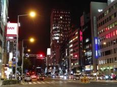 パレロワイヤル南青山 夜の表参道