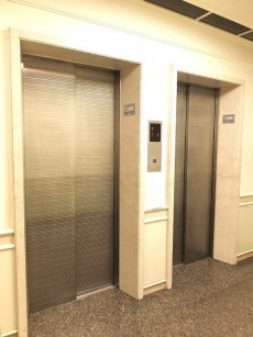 藤和ハイタウン上野 エレベーターは2基