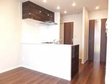 センチュリープラチナマンション大井町 開放感のある対面式キッチン