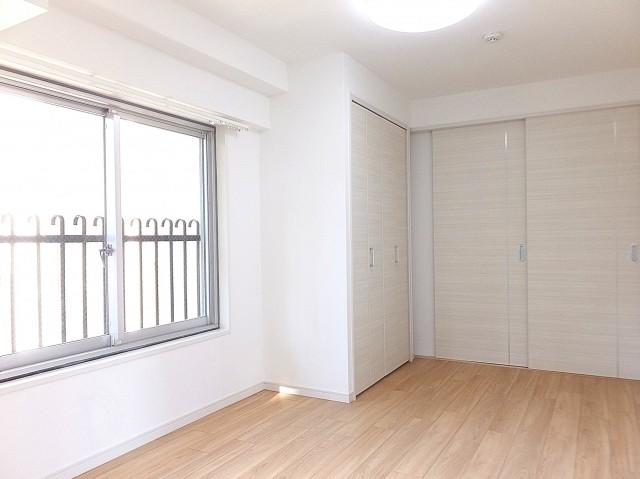 秀和麻布笄町レジデンス 6.0帖のベッドルーム