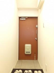 セザール学芸大学 玄関ホール