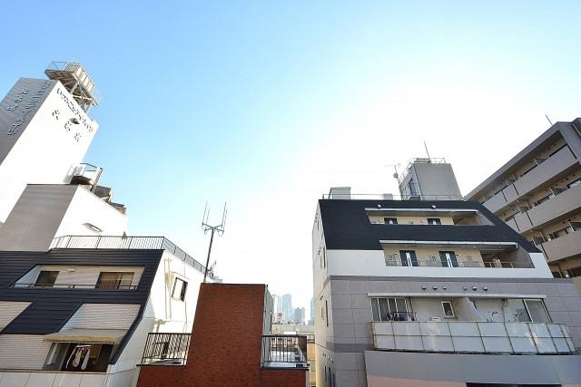 朝日プラザ北新宿 6.3帖のベッドルーム バルコニー眺望