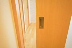 目白ハイツ 7.3帖のダイニングキッチンのドア