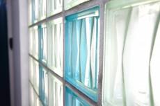 宮園コーポ 廊下のブロックガラス