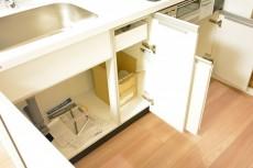 サンローゼ新宿 キッチン