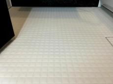 ファミール荻窪 バスルーム床