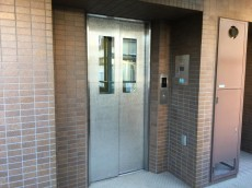 ファミール荻窪 エレベーター