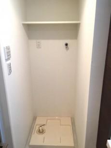 モア・クレスト荻窪 洗濯機置場