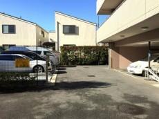 クリオ八幡山壱番館 駐車場