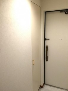 クリオ八幡山壱番館 玄関収納