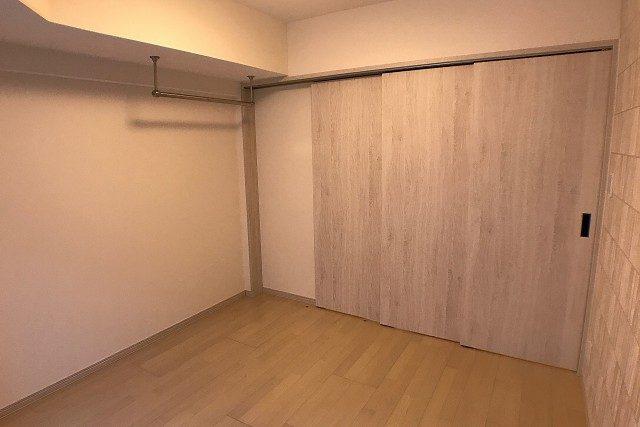 シティハウス西大久保 ダイニング~洋室
