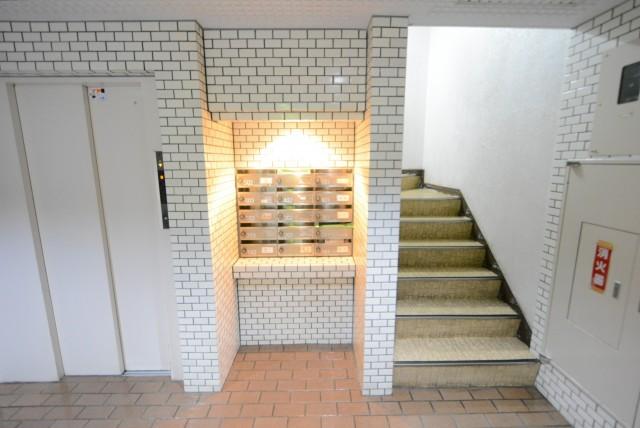 マートルコート奥沢 階段