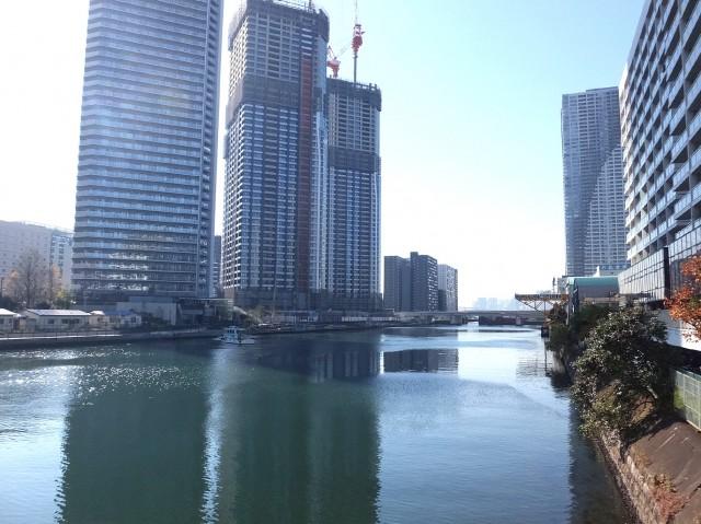 黎明マンション 黎明橋からの眺め