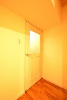 原宿第8宮庭マンション LDKドア