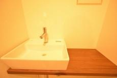 原宿第8宮庭マンション トイレの手洗いカウンター