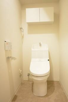 大森ロイヤルハイツ ウォシュレット付きトイレ
