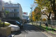 玉川スカイハイツ 前面道路