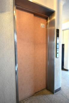 秀和奥沢レジデンス エレベーター