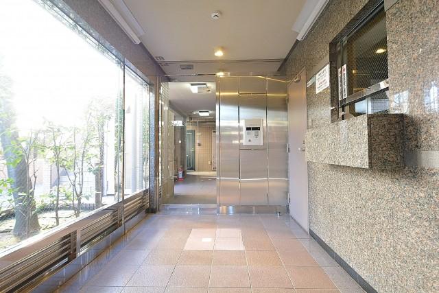 ルーブル駒沢大学Ⅱ エントランスホール