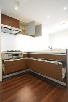 サンサーラ池袋 L字型キッチン