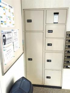 サンマンションアトレ新宿戸山 宅配ボックス
