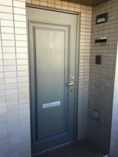 サンマンションアトレ新宿戸山 玄関前